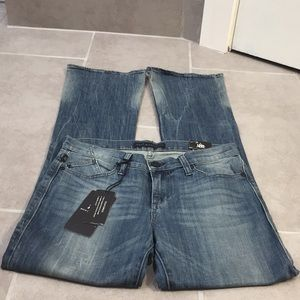 Rock & Republic Bootcut Jeans Size 8M